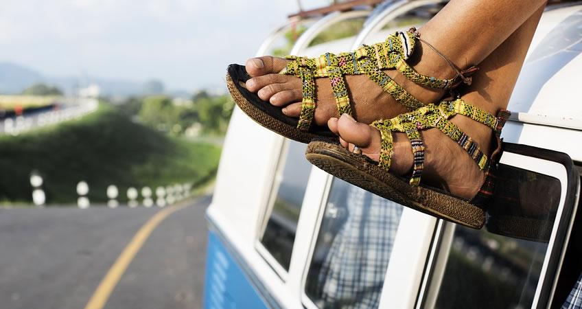 Uso de sandalias Verano Podólogo